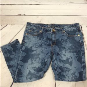 Mossimo floral pattern denim jeans
